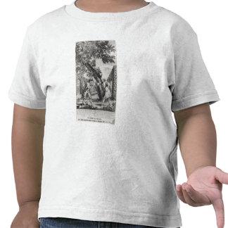 Argument between Jean-Jacques Rousseau T-shirts