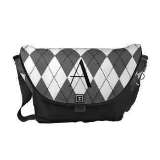 Argyle blanco y gris del monograma bolsas de mensajería