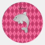 Argyle conocido personalizado del rosa del delfín etiqueta redonda