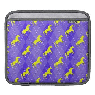 Argyle púrpura y amarillo, caballo, ecuestre manga de iPad
