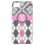 Argyle y el damasco modelan el monograma rosado, a iPhone 5 Case-Mate protectores