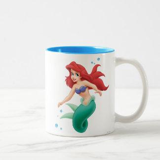 Ariel con las burbujas taza de café de dos colores