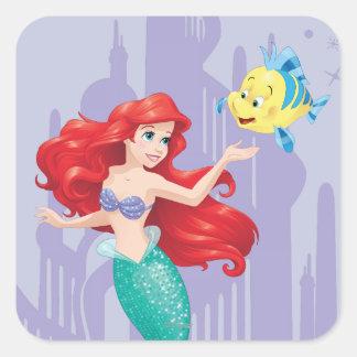 Ariel y platija pegatina cuadrada