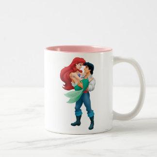 Ariel y príncipe Eric Taza De Café De Dos Colores