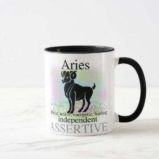 Aries sobre usted taza