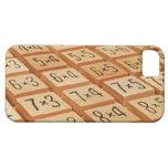Aritmético. La multiplicación mide el tiempo de la iPhone 5 Case-Mate Cárcasas