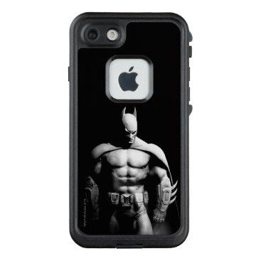 Arkham City | Batman Black and White Wide Pose LifeProof FRĒ iPhone 7 Case