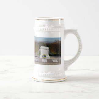 Arlington Tomb of the Unknown Soldier, Yellow Wrea 18 Oz Beer Stein