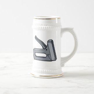 Arma de la grapa jarra de cerveza