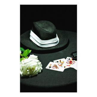 Arma del gángster del póker subió papelería de diseño