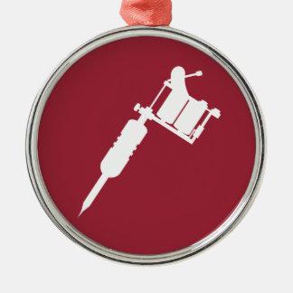 arma del tatuaje adorno navideño redondo de metal