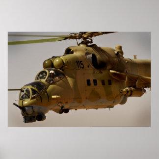Arma gatling del helicóptero trasero Mi-35 Posters