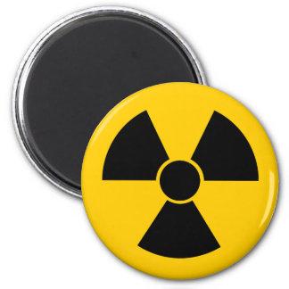 Arma nuclear negra imán redondo 5 cm
