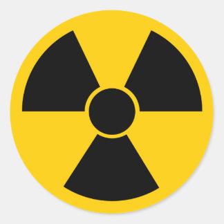 Arma nuclear negra etiquetas redondas