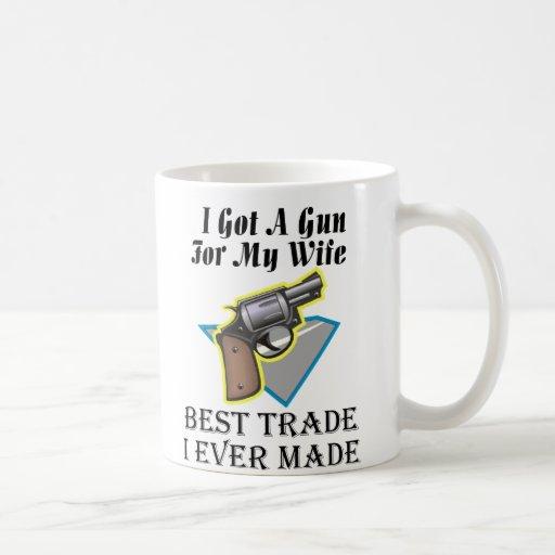Arma para la esposa taza