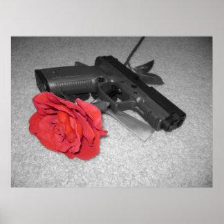 Arma y un color de rosa póster
