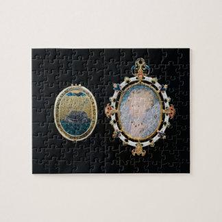 Armada Jewel, miniature of Queen Elizabeth I enclo Jigsaw Puzzle