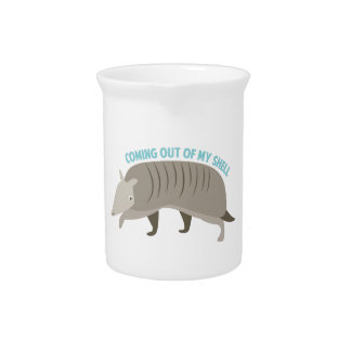 Armadillo_Coming_Out_Of Pitcher