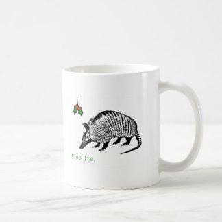 Armadillo Kiss Me Basic White Mug