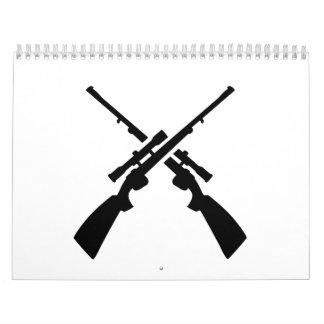 Armas cruzadas de los rifles calendario