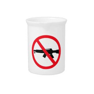 Armas de asalto de la prohibición jarras de beber
