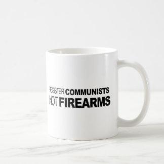 Armas de fuego de los comunistas del registro no taza de café