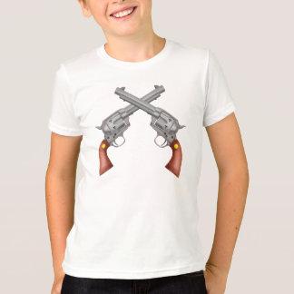 Armas de las pistolas de los revólveres cruzados playera