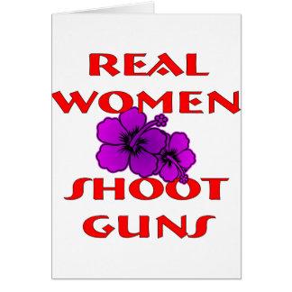 Armas del lanzamiento de las mujeres reales tarjeta de felicitación