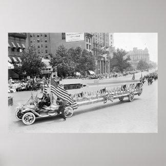 Armas grandes en desfile: 1916 poster