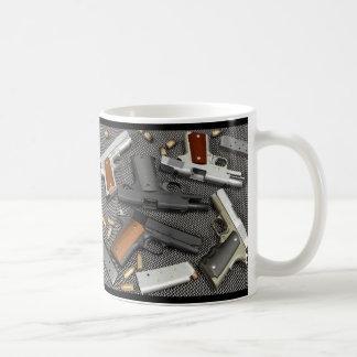 ¡ARMAS! TAZAS DE CAFÉ