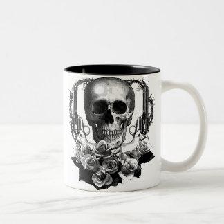 ARMAS y ROSAS del CRÁNEO Tazas De Café