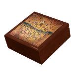 Armenian Birds Alphabet Gift Box<br><div class='desc'>Ancient Armenian birds manuscripts alphabet box.</div>