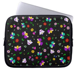 Armenian-inspired Curling Flower Pattern - Black Computer Sleeves