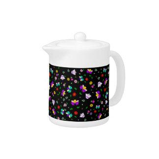 Armenian-inspired Flower Pattern - Black Teapot