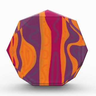 Armonía anaranjada y púrpura