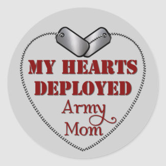 Army Mom, My Hearts Deployed Classic Round Sticker
