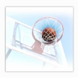 Aro de baloncesto con baloncesto esculturas fotográficas