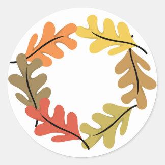 Aro de las hojas de otoño pegatinas redondas