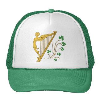 Arpa y tréboles del oro del día de St Patrick Gorros