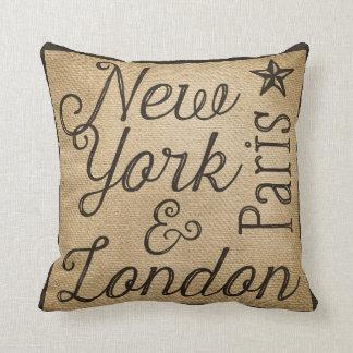 Arpillera Nueva York París Londres Cojin
