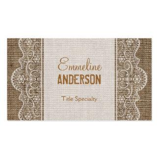 Arpillera rústica del vintage con el cordón floral tarjeta de visita