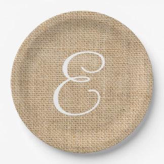 Arpillera rústica que casa el monograma simple plato de papel de 9 pulgadas