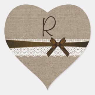 Arpillera y sello rústicos del sobre del monograma pegatina de corazon personalizadas