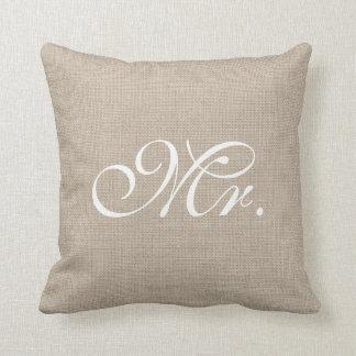Arpillera y Sr. blanco Pillow Cojin