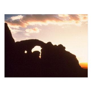 arquea salida del sol del parque nacional postal