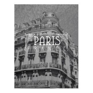 Arquitectura blanco y negro de la postal del viaje