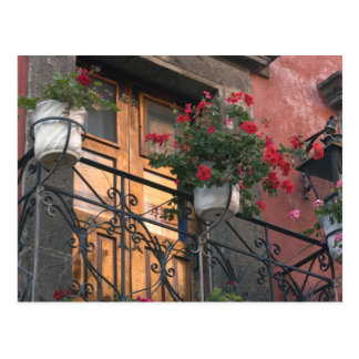 Arquitectura en las calles de San Miguel de Tarjetas Postales