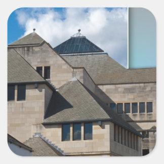 Arquitectura moderna de York fuera de los límites Pegatina Cuadrada