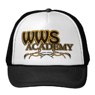Arraiga el gorra de la academia
