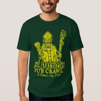 Arrastre del Pub de St Patrick Camisas